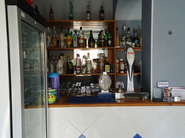 Bar with the rear Gantry