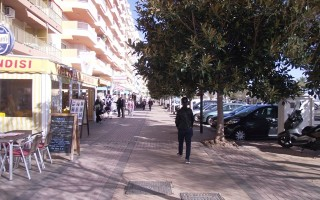 Property for Sale: Sea Front Restaurant for Sale in Fuengirola, Costa del Sol, Spain.