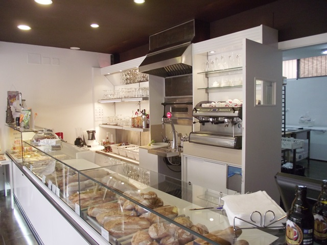Bakery & Cafe for sale in Fuengiola